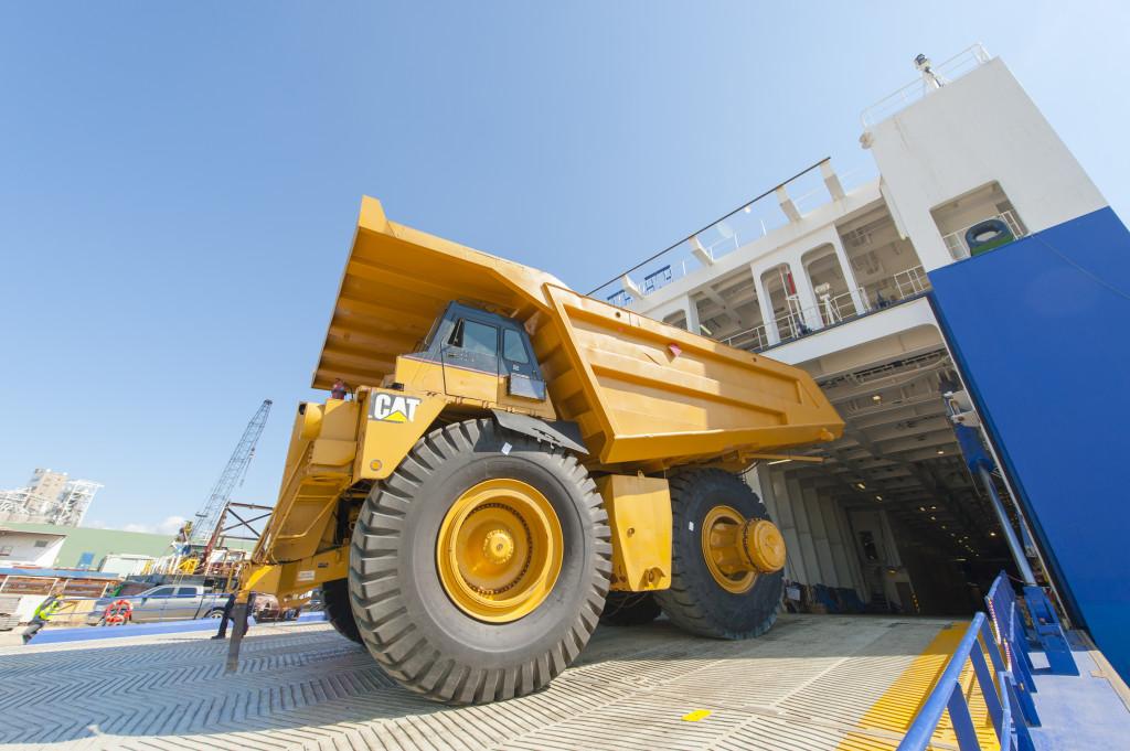 equipment-moving-roro