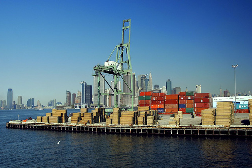 container-shipping-overseas-from-New-York