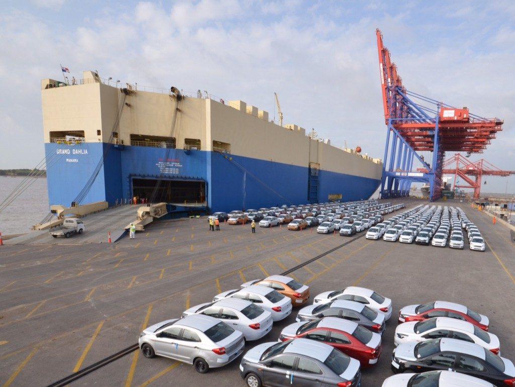 international shipping services company
